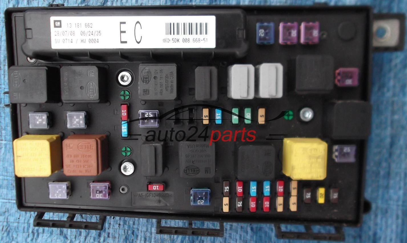 caja electrica de fusibles y reles opel astra zafira b