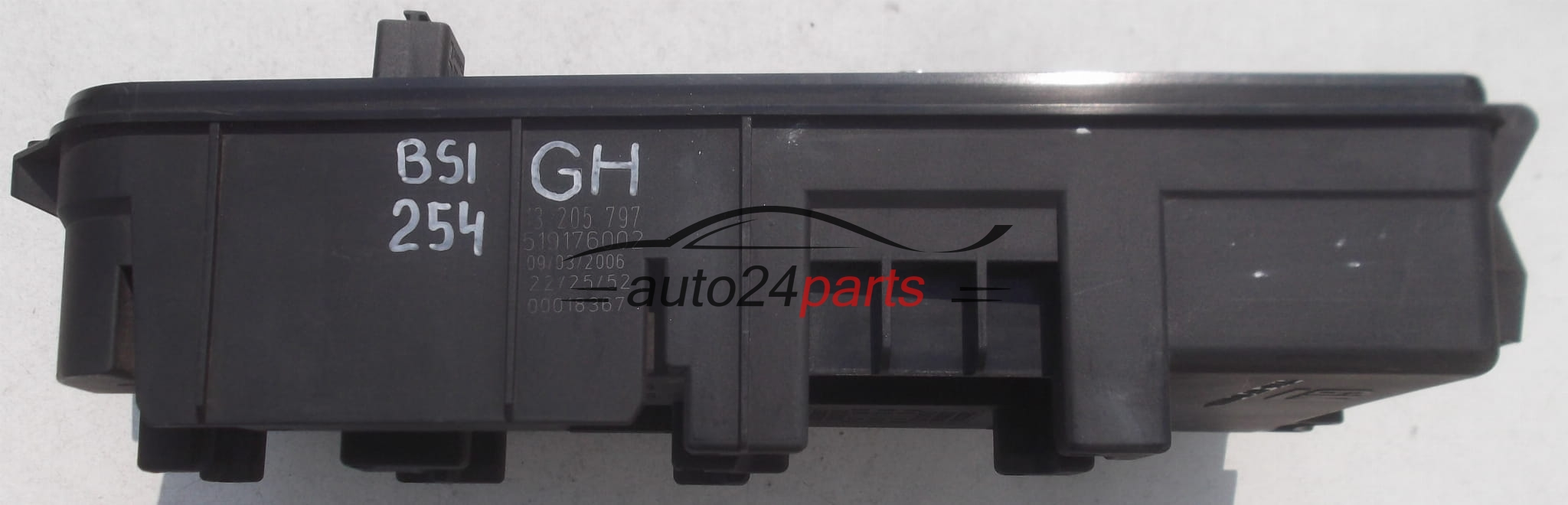 Fuse Relay Box Electrical Comfort Control Module Body Opel Vectra C Automotive And Signum Gm 13 205 797